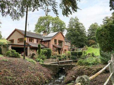 Photo for SPLASHY MILL ANNEXE, romantic in Moddershall, Ref 917711