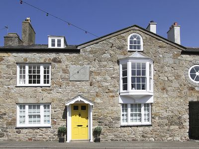 Photo for CHURCH COTTAGE, family friendly in Beaumaris, Ref 1008777