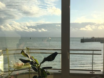 Photo for Beachfront apartment, exceptional view - Wifi