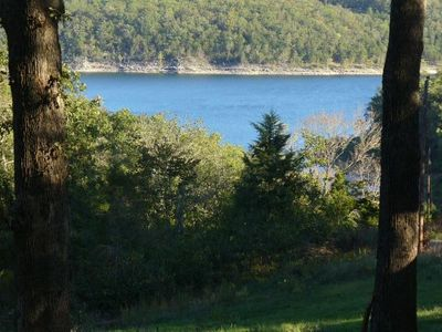 Lakefront 5 Br  House - Quiet, Affordable, Spacious & Relaxing