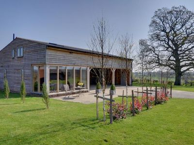 Photo for Lovely holiday home set in the heart of Kent's countryside