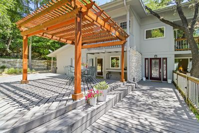 Deck and pergola offer the perfect place to enjoy the Austin weather!