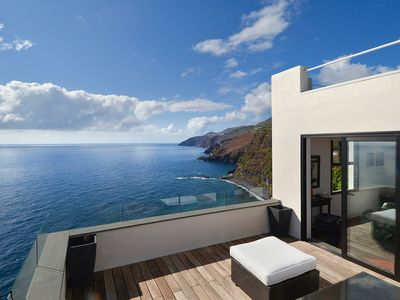 Photo for Dream location overlooking the Atlantic Ocean with a unique panoramic view