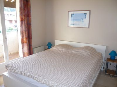 Photo for Apartment 1.1 km from the center of Saint-Cyr-sur-Mer with Parking, Internet, Washing machine, Balcony (103467)