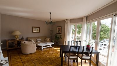 Photo for Two spacious and elegant rooms in a beautiful secure building.