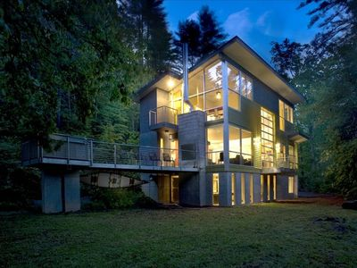 Photo for Modern Architecture on the Toccoa River