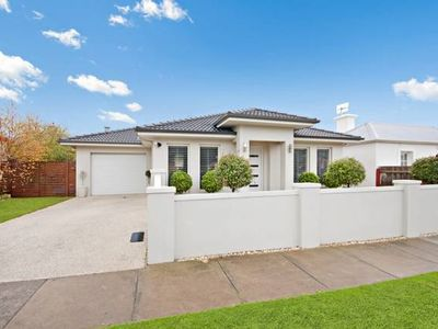 Photo for Central Warrnambool Townhouse