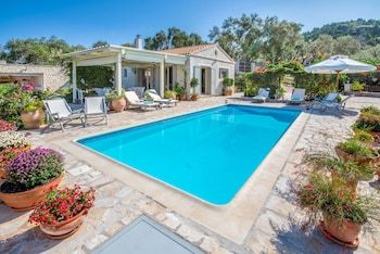 Photo for Stone Pool Villa Alina with Seaview