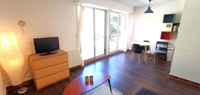 Photo for Nice studio cabin in Bandol with parking near downtown and beaches