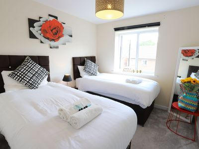 Photo for Birmingham Airport/NEC Beauty Homebase for 7 people
