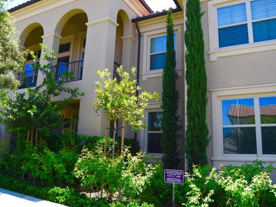 Photo for Beautiful Condo In Great Irvine Ca. 旅行驿站, 温馨居家.爾灣