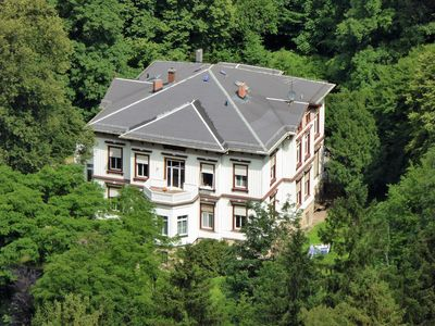 Photo for Living right on the edge of the forest of Bad Tabarz in the Spindler Villa