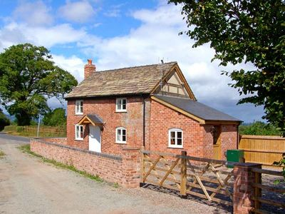 Photo for Point Cottage, PRESTON-ON-WYE
