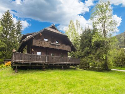 Photo for Very spacious, detached holiday home in Carinthia, near skiing areas and lakes