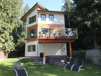Photo for 3BR House Vacation Rental in Christina Lake, British Columbia
