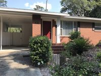 Very warm and appealing home close to everything
