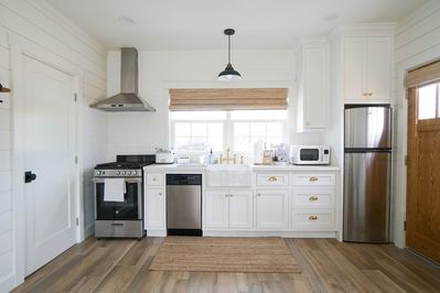 Farmhouse kitchen with everything you need! New appliances!