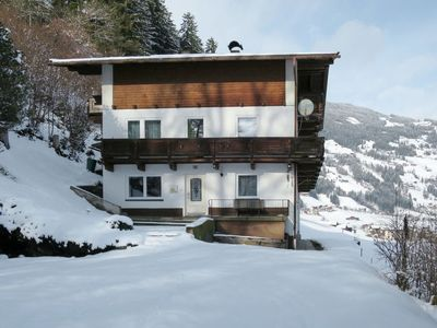 Photo for Apartment Waldeck (MHO511) in Mayrhofen - 9 persons, 4 bedrooms