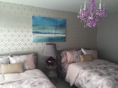 LARGE BEDROOM WITH TWO FULL BEDS