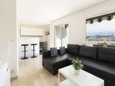 Photo for Studio with sea view in the heart of Cannes ideal for festivals and holida