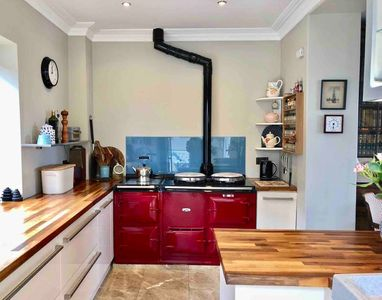 Cooking at Fox Hole is a joy with our Aga Oven (Instruction Included)