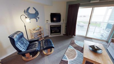 Bay Front condo at an affordable price in Lincoln City's Taft District!