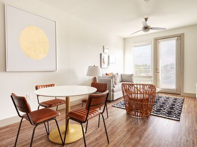 Photo for Sonder | East 5th | Lively 1BR + Pool