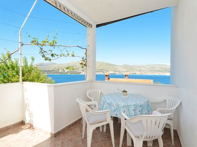 Photo for MLADEN 2 - pet friendly apartment with 2 bedrooms, 80m from a beach