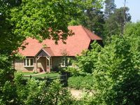 A simply fabulous cottage and a very friendly and accommodating owner. We'll be back!!