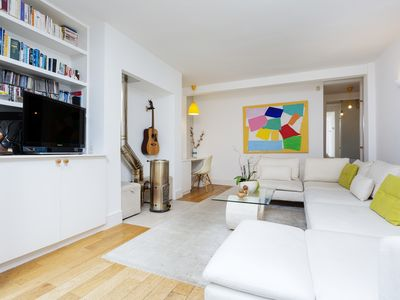 Photo for UP TO 20% OFF - Home on the Heath - Three Bedroom Apartment, Sleeps 6 - Veeve