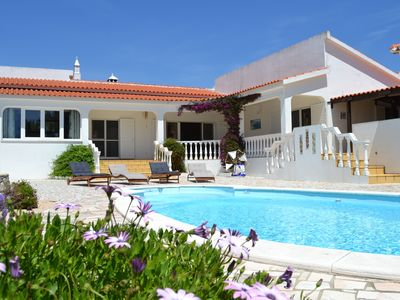Photo for Casa Borboleta Well maintained villa with sea views, large garden and pool, dream location
