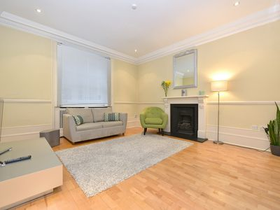 Photo for Chic Flat! A fine stay in Pimlico/Victoria