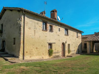 Photo for Apartment Agriturismo Cerrecchia (MGS100) in Casole d'Elsa - 4 persons, 2 bedrooms