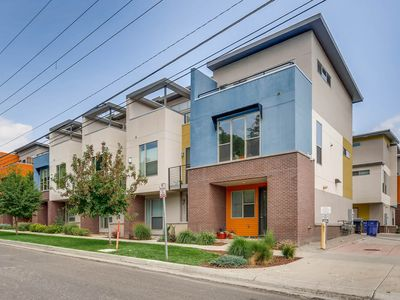 Photo for Modern Townhome in Perfect Location!