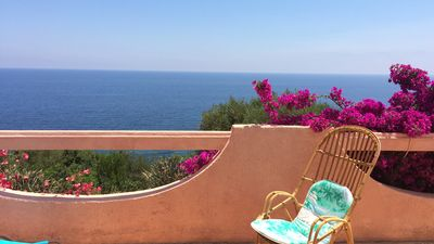 Photo for APPT 5PERS / SEA VIEW / 5MIN BEACH ON FOOT / SOLENZARA CALA D'ORU