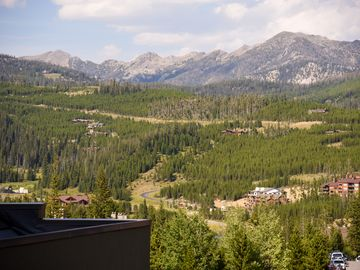 Village Center Condo, Big Sky, MT, USA