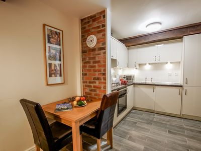 Photo for Well positioned 1 bedroom apartment in York