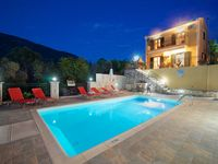 excellent villa , very clean and comfortable