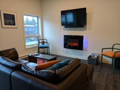 Photo for Revy Gnome Home: Brand New Condo 2 Mins From RMR