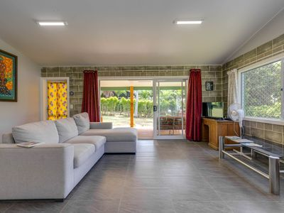 Photo for Muri Beach Central: affordable Muri holiday home