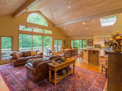 Photo for Upscale Linville Ridge Mountain Home, King Master Suite w/ Jetted Tub, Game Tables, and Near Skiing!