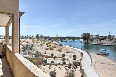 Experience a lakefront getaway at this Lake Havasu vacation rental condo!