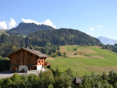 Photo for Great family stay for up to 9 with 4 bedrooms, wifi  et  stunning views!