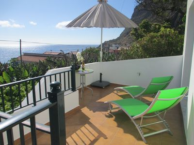 Photo for Beach House SUNNY WEST 50 metres from Beach