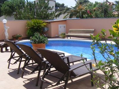 Photo for House with private pool in Empuriabrava for 5 people