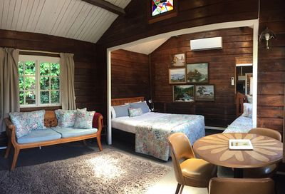 Cottage with open-plan living, dining and bedroom