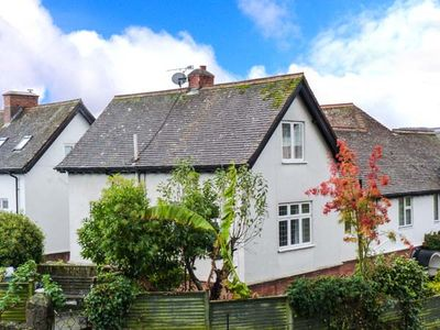 Photo for 3BR Cottage Vacation Rental in Minehead