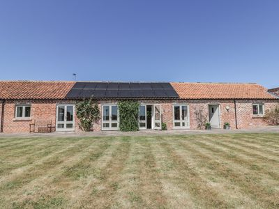 Photo for COW BYRE, family friendly, with open fire in Malton, Ref 943576