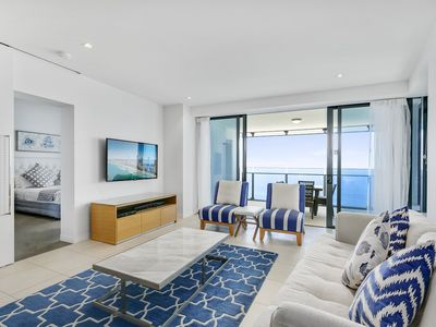 Photo for WOW level 52 direct ovean views 2 bedroom