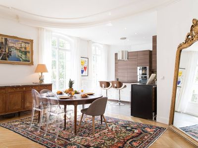 Steps from the Eiffel Tower - Perfectly Parisian 3BR in the Heart of the City!